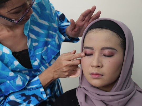 Kursus Make Up Jakarta Training Make Up Pelatihan Merias Wajah