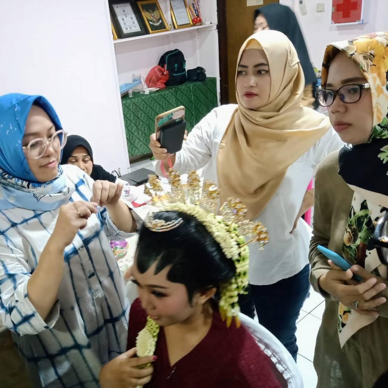 LKP Adis Jaya Salon
