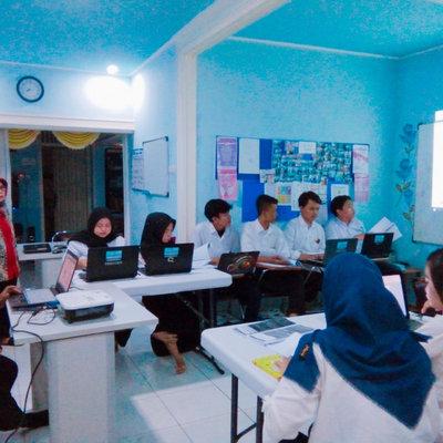 Lembaga Pelatihan Kerja Cahaya Khansaa